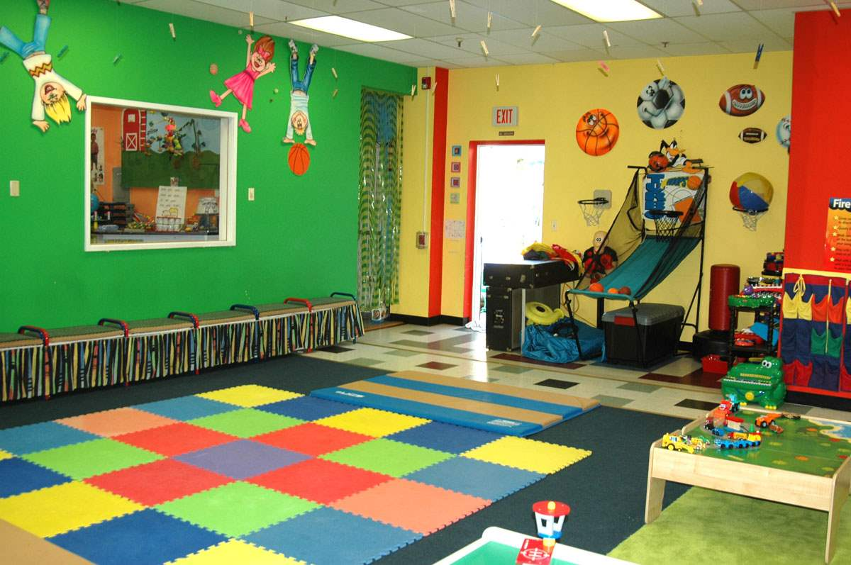 Preschool playroom 2 the little school of waldwick - Small space playroom ideas ...